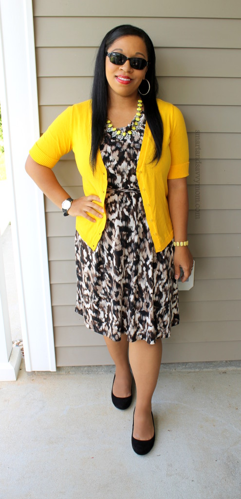 neutral print dress with pop of mustard easy modest summer outfit idea