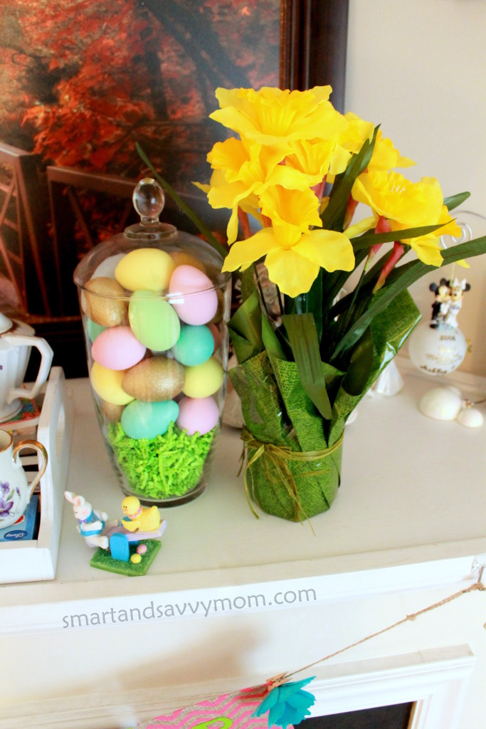 DIY painted easter eggs for home decorating