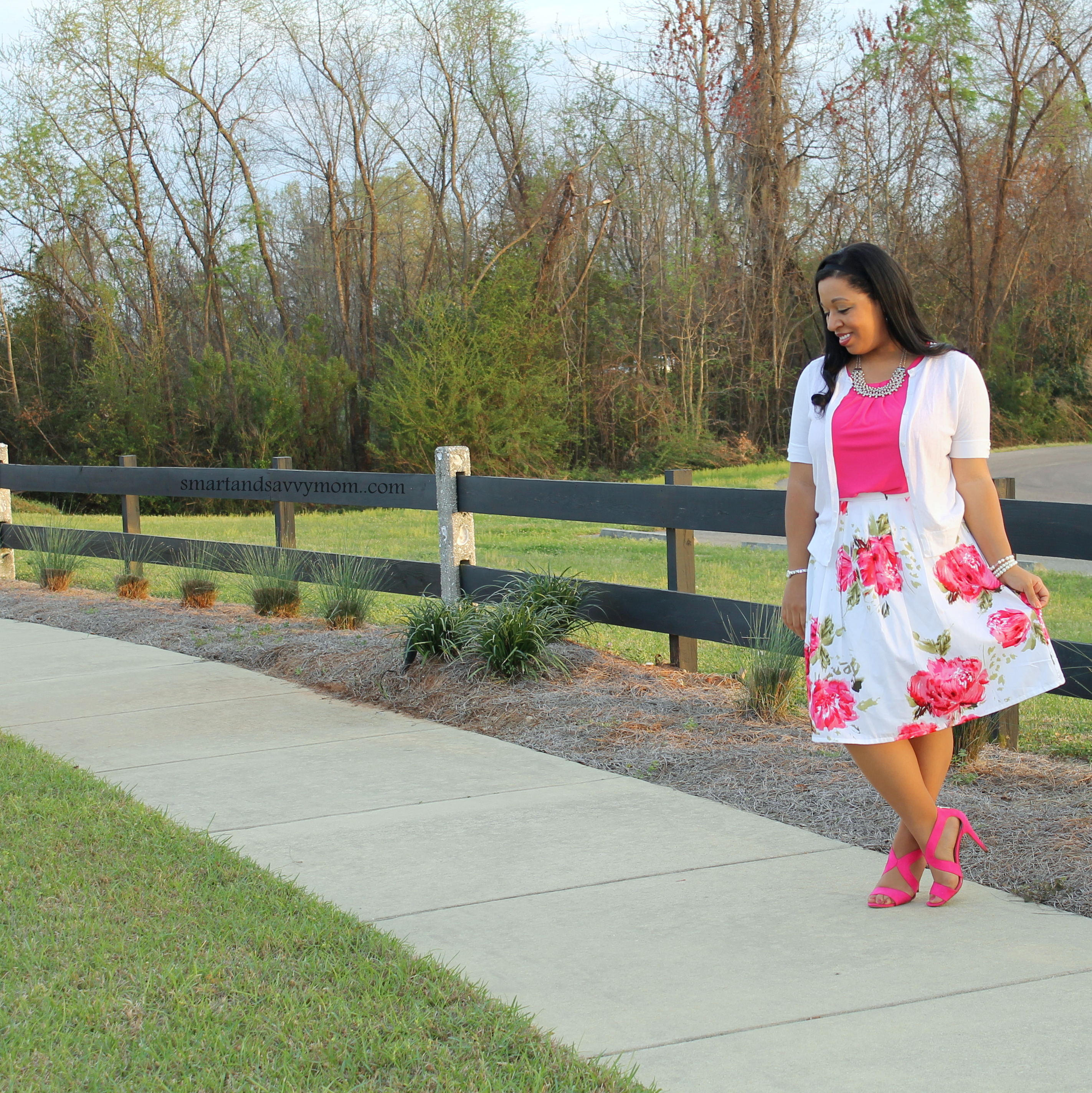 white and hot pink floral skirt modest outfit idea
